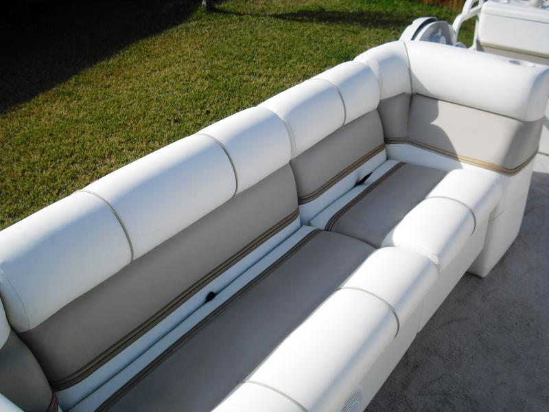 Keep Your Boat Seats Squeaky Clean