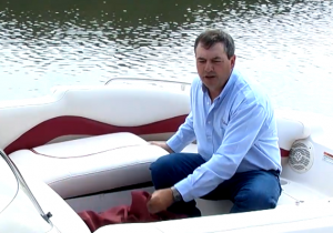 How to get rid of mildew on your boat seat